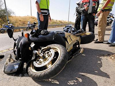 Consulta Gratuita en Español con Abogados de Accidentes de Moto en Santa Ana California