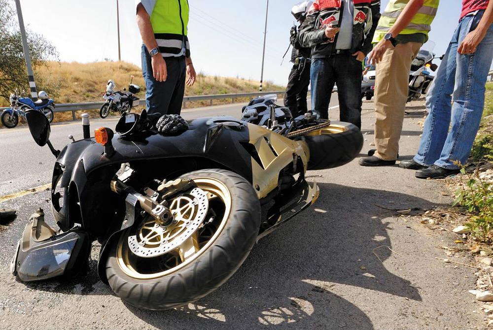 Los Mejores Abogados en Español Para Mayor Compensación en Casos de Accidentes de Moto en Santa Ana California